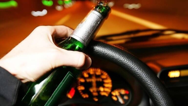4 Reasons Why You Should Never Drink and Drive | How to Drink Responsibly